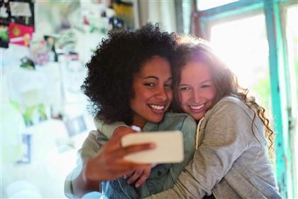 girls taking selfie photo